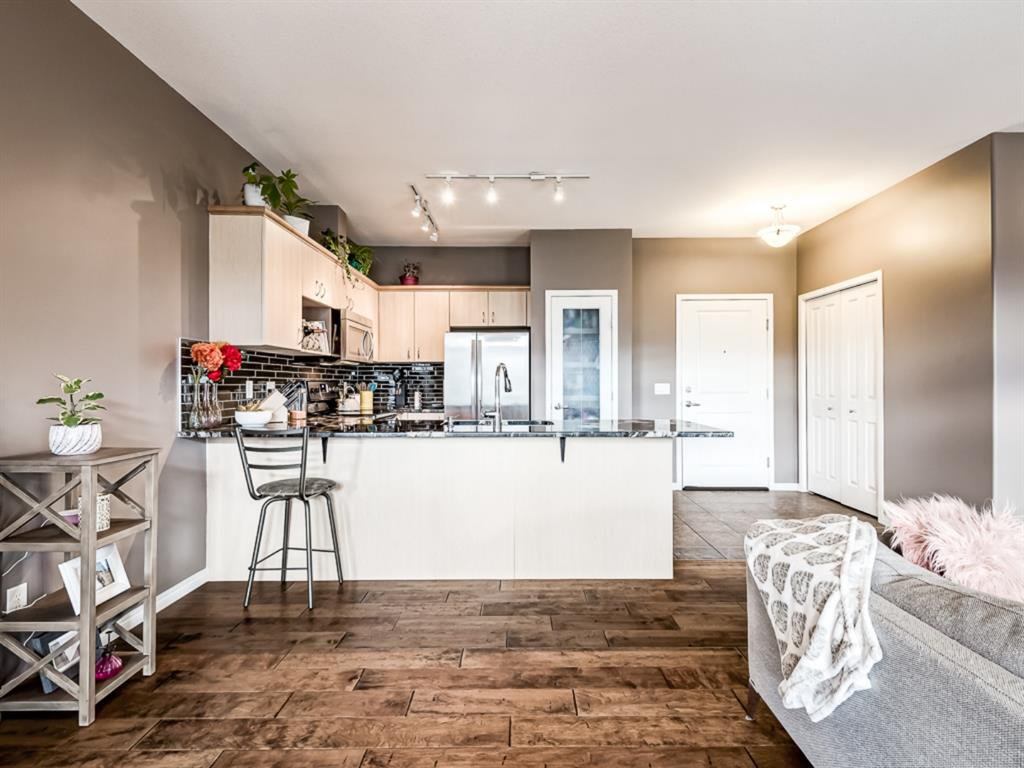Photo 7: Photos: 311 3651 MARDA Link SW in Calgary: Garrison Woods Apartment for sale : MLS®# A1032129