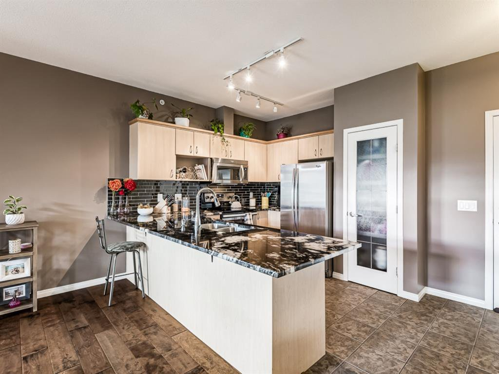 Photo 8: Photos: 311 3651 MARDA Link SW in Calgary: Garrison Woods Apartment for sale : MLS®# A1032129