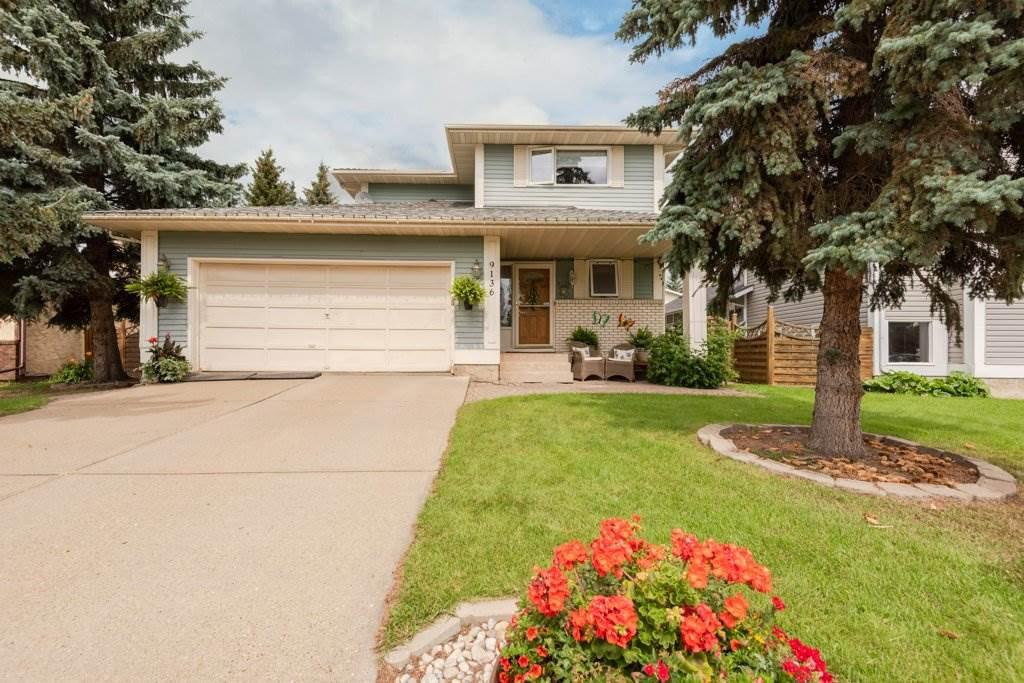 Main Photo: 9136 177 Street in Edmonton: Zone 20 House for sale : MLS®# E4168275