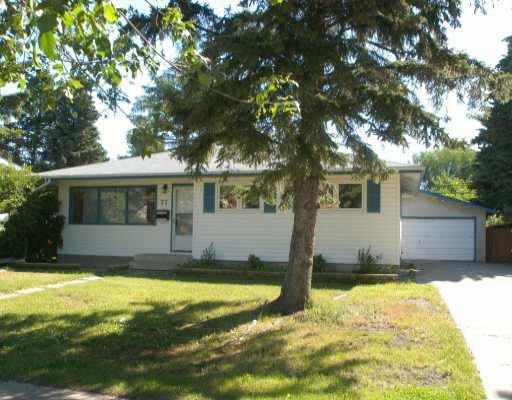 Main Photo: 77 Grosvenor Boulevard: St. Albert House for sale : MLS®# E4168477