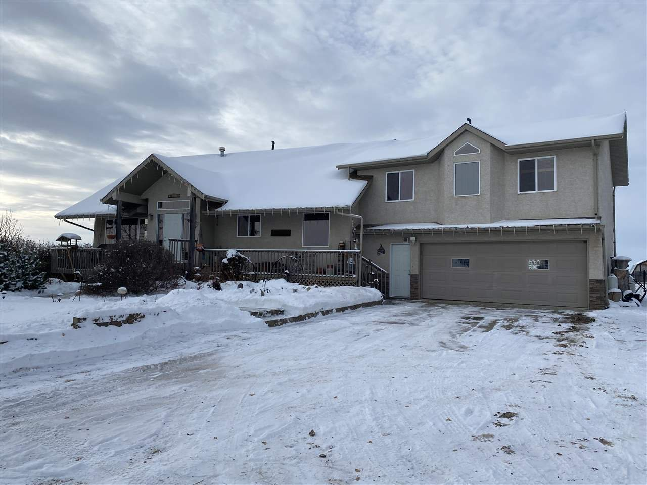Main Photo: 54424 RR 260: Rural Sturgeon County House for sale : MLS®# E4218419