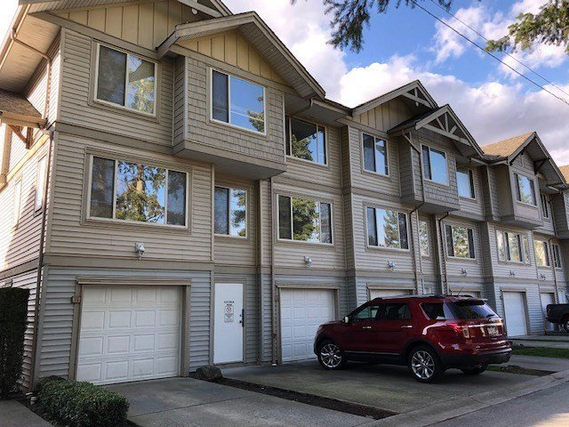 """Main Photo: 20 5388 201A Street in Langley: Langley City Townhouse for sale in """"The Courtyard"""" : MLS®# R2441511"""