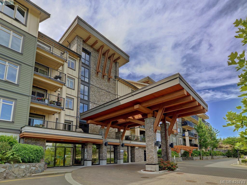 Main Photo: 204 435 Festubert St in VICTORIA: Du West Duncan Condo Apartment for sale (Duncan)  : MLS®# 761752