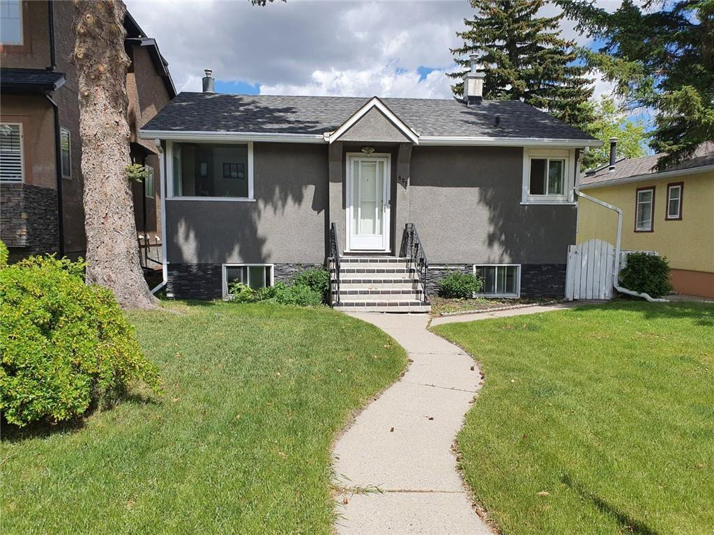 Main Photo: 626 23 Avenue NE in Calgary: Winston Heights/Mountview Detached for sale : MLS®# A1027250