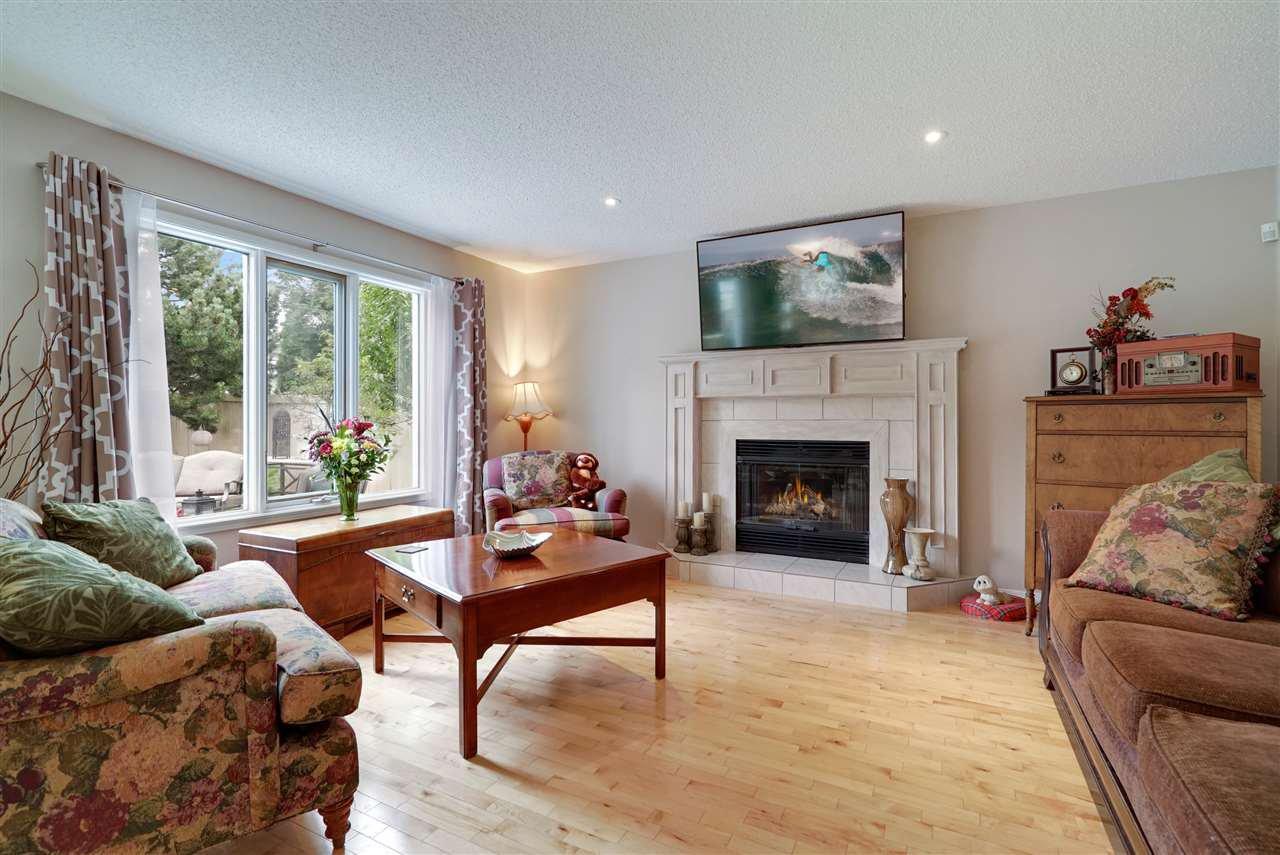 Main Photo: 172 ORMSBY Road E in Edmonton: Zone 20 House for sale : MLS®# E4167909