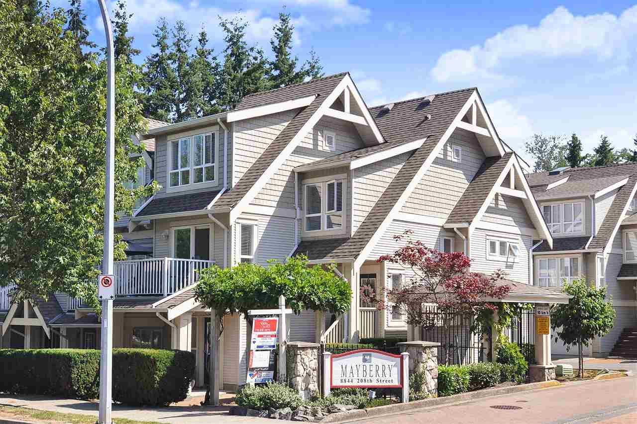 """Main Photo: 6 8844 208 Street in Langley: Walnut Grove Townhouse for sale in """"Mayberry"""" : MLS®# R2421467"""