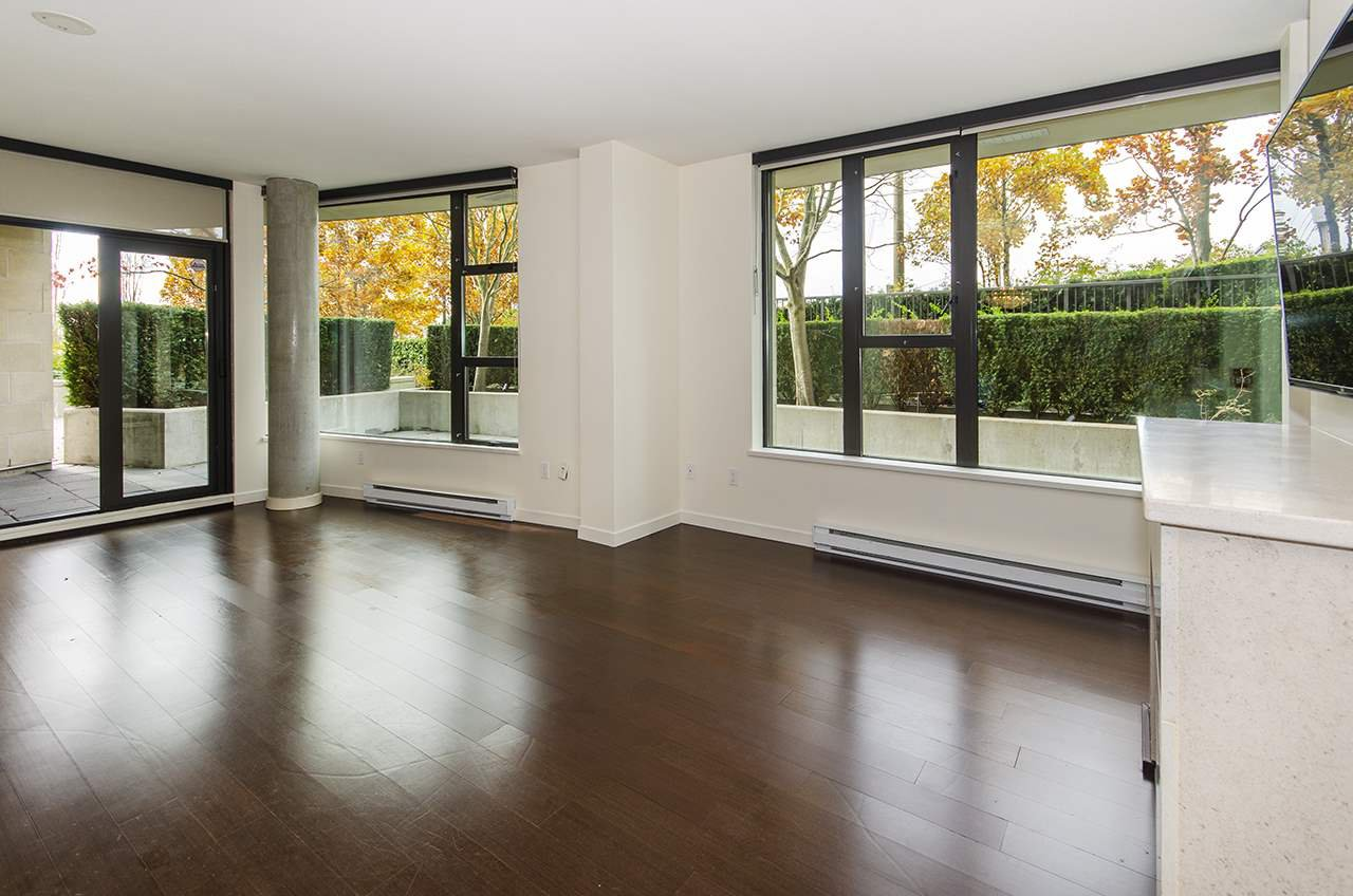 """Main Photo: 106 683 W VICTORIA Park in North Vancouver: Lower Lonsdale Condo for sale in """"Mira on the Park"""" : MLS®# R2428479"""
