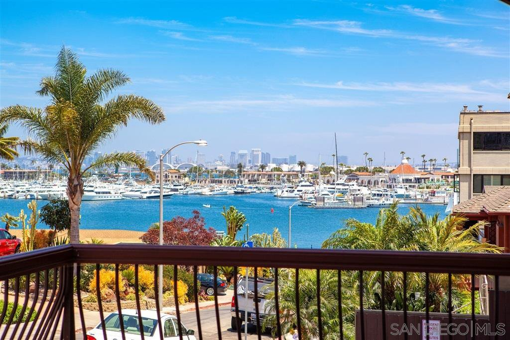 Main Photo: POINT LOMA Condo for rent : 2 bedrooms : 2955 McCall Street #102 in San Diego