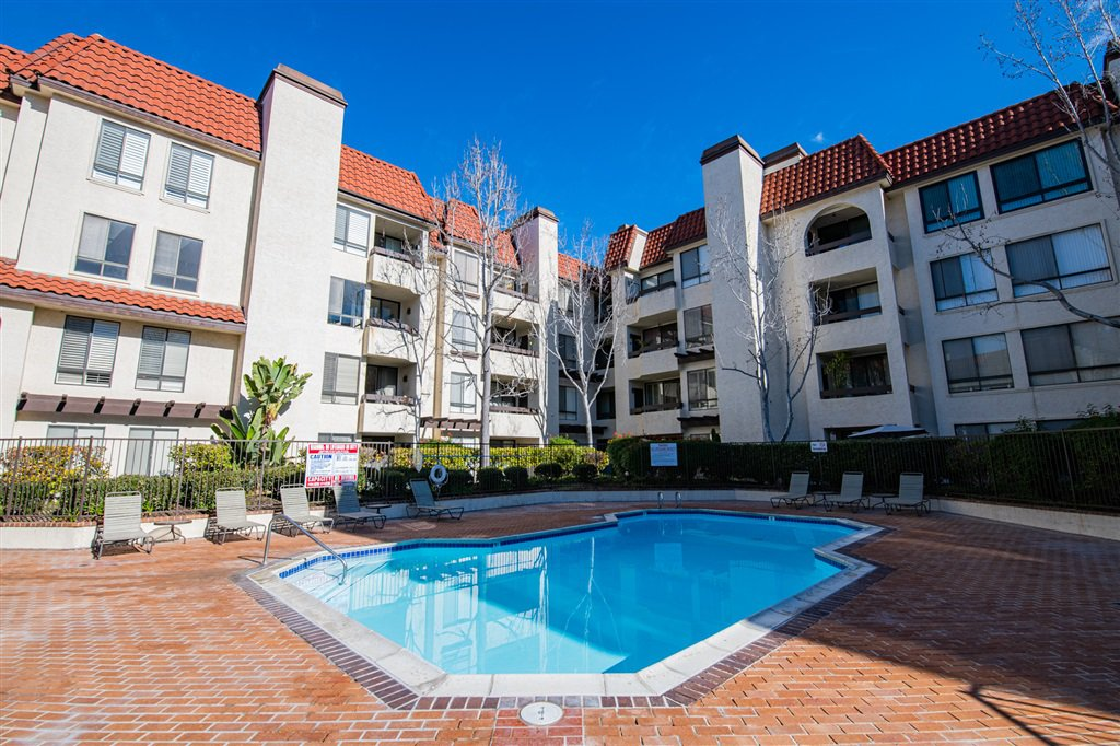 Main Photo: MISSION VALLEY Condo for sale : 3 bedrooms : 5845 Friars Rd #1316 in San Diego