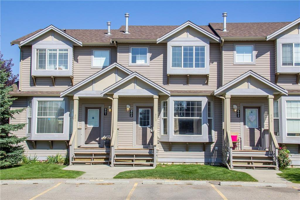 Main Photo: 802 2005 LUXSTONE Boulevard SW: Airdrie Row/Townhouse for sale : MLS®# C4287850