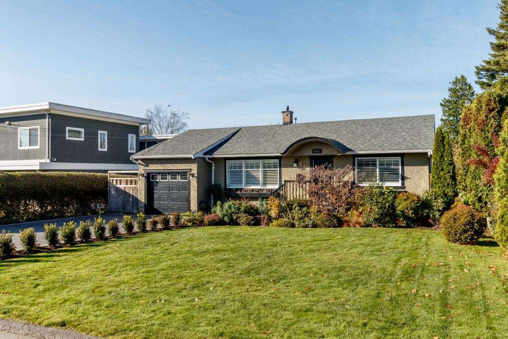Main Photo: 1541 BREARLEY Street: White Rock House for sale (South Surrey White Rock)  : MLS®# R2416709