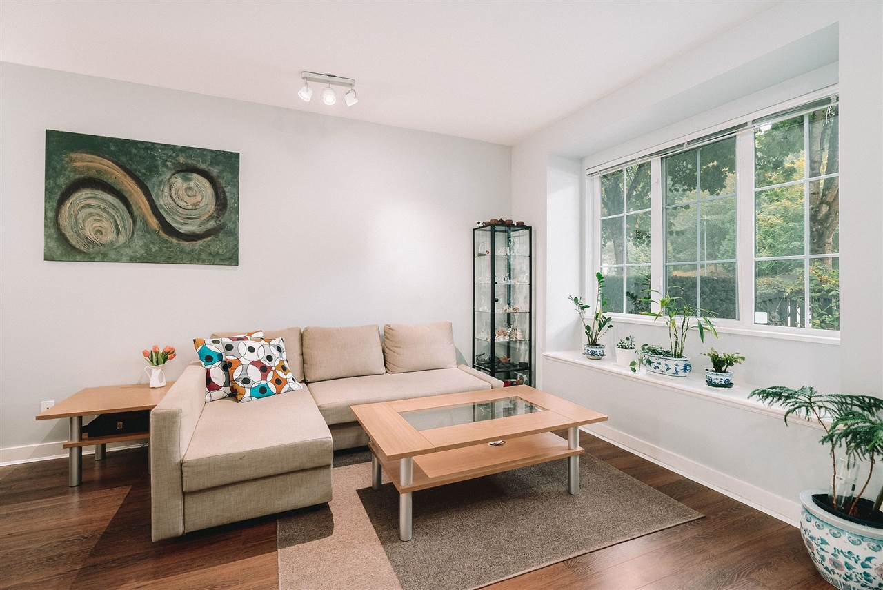 """Main Photo: 13 8533 CUMBERLAND Place in Burnaby: The Crest Townhouse for sale in """"CHANCERY LANE"""" (Burnaby East)  : MLS®# R2503443"""