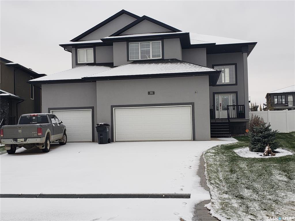 Main Photo: 38 Churchill Crescent in White City: Residential for sale : MLS®# SK831256