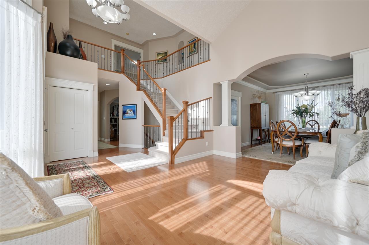 Photo 4: Photos: 2469 TEGLER Green in Edmonton: Zone 14 House for sale : MLS®# E4174274
