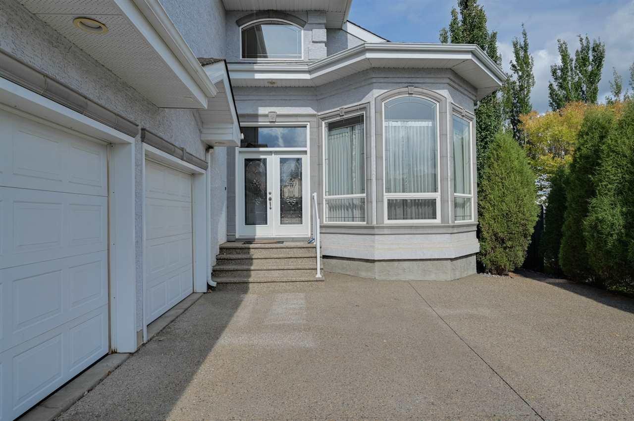 Photo 2: Photos: 2469 TEGLER Green in Edmonton: Zone 14 House for sale : MLS®# E4174274