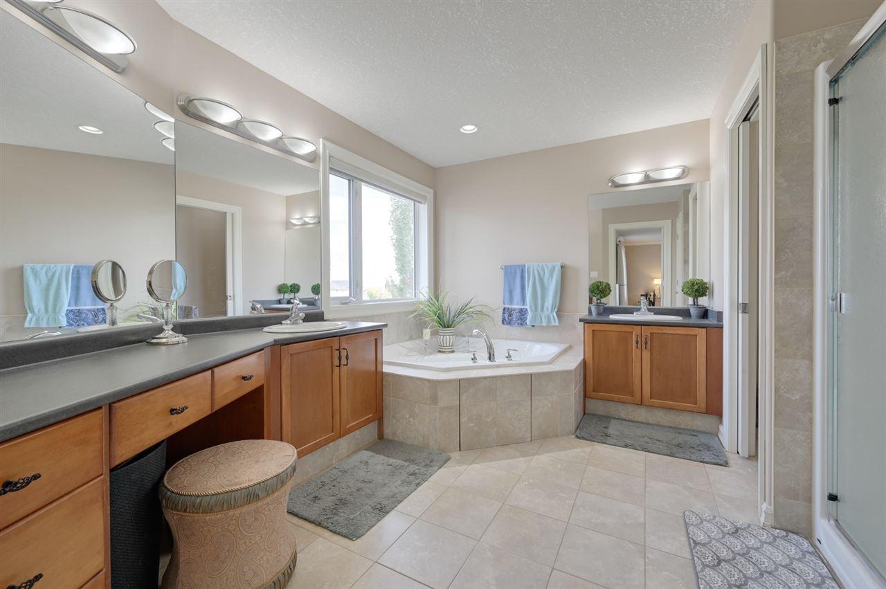 Photo 18: Photos: 2469 TEGLER Green in Edmonton: Zone 14 House for sale : MLS®# E4174274