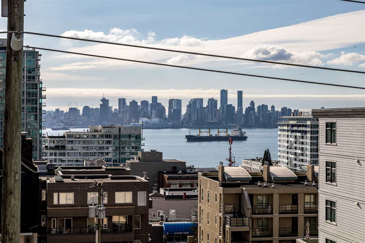 """Main Photo: 503 122 E 3RD Street in North Vancouver: Lower Lonsdale Condo for sale in """"SAUSALITO"""" : MLS®# R2435223"""