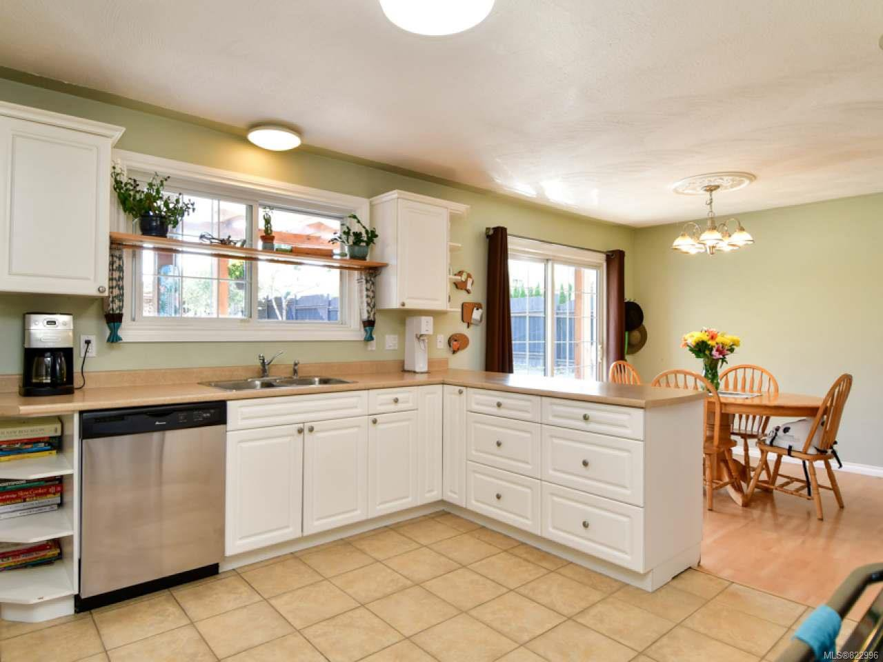 Photo 13: Photos: 691 Holm Rd in CAMPBELL RIVER: CR Willow Point House for sale (Campbell River)  : MLS®# 822996
