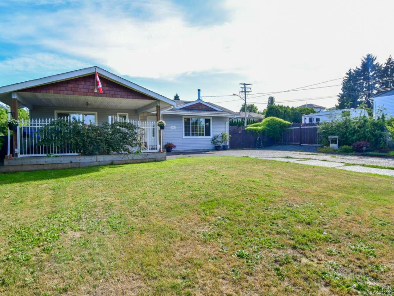 Photo 1: Photos: 691 Holm Rd in CAMPBELL RIVER: CR Willow Point House for sale (Campbell River)  : MLS®# 822996