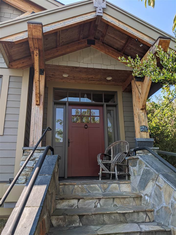 """Main Photo: 965 PARKER Street: White Rock House for sale in """"East WR Hillside"""" (South Surrey White Rock)  : MLS®# R2495942"""