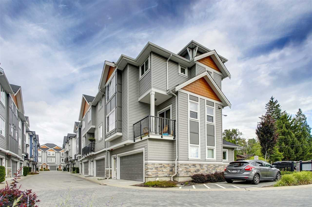 Main Photo: 20 20856 76 Avenue in Langley: Willoughby Heights Townhouse for sale : MLS®# R2405132