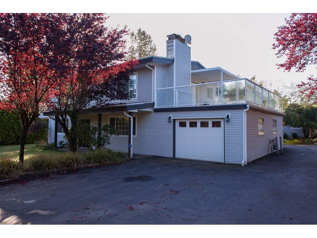 Main Photo: 28028 LAYMAN Avenue in Abbotsford: Aberdeen House for sale : MLS®# R2408220