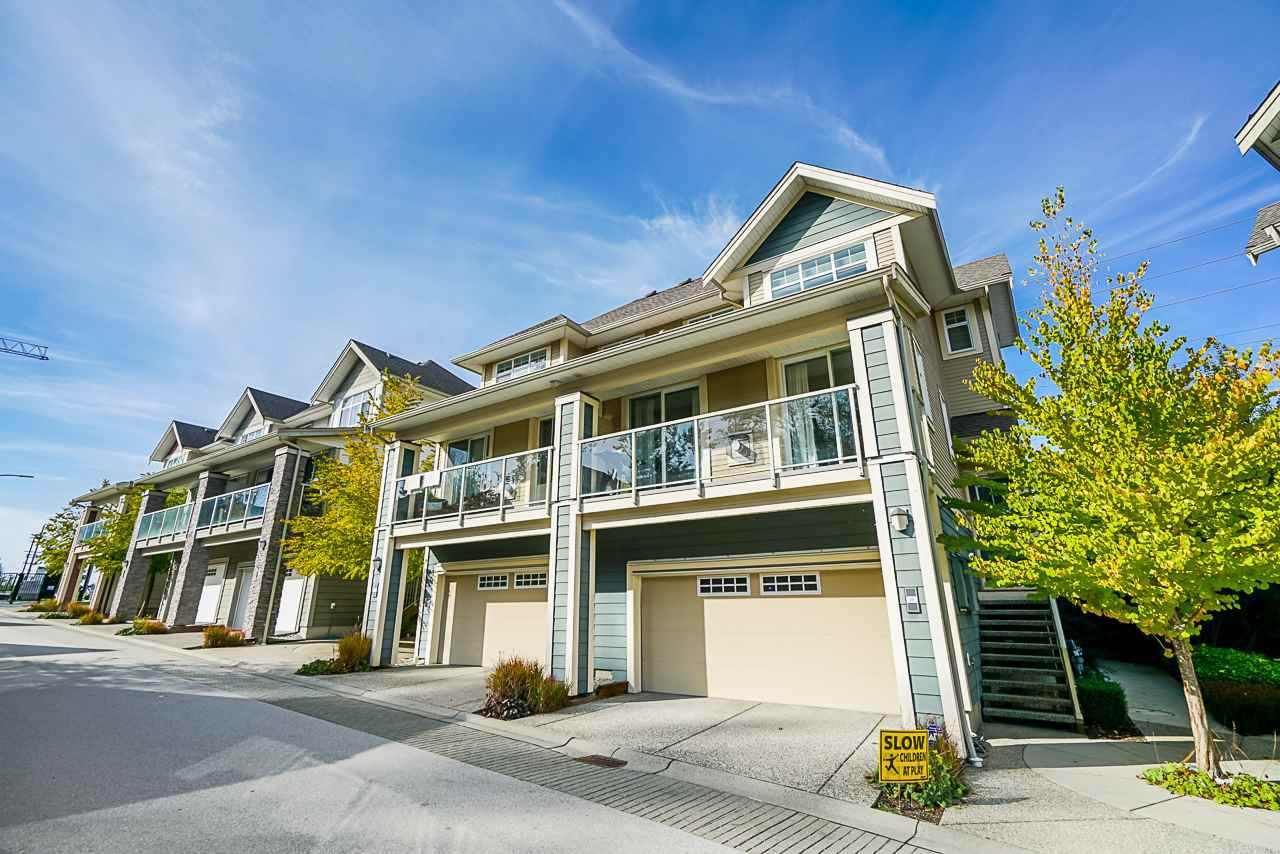 "Main Photo: 16 15454 32 Avenue in Surrey: Grandview Surrey Townhouse for sale in ""Nuvo"" (South Surrey White Rock)  : MLS®# R2407588"