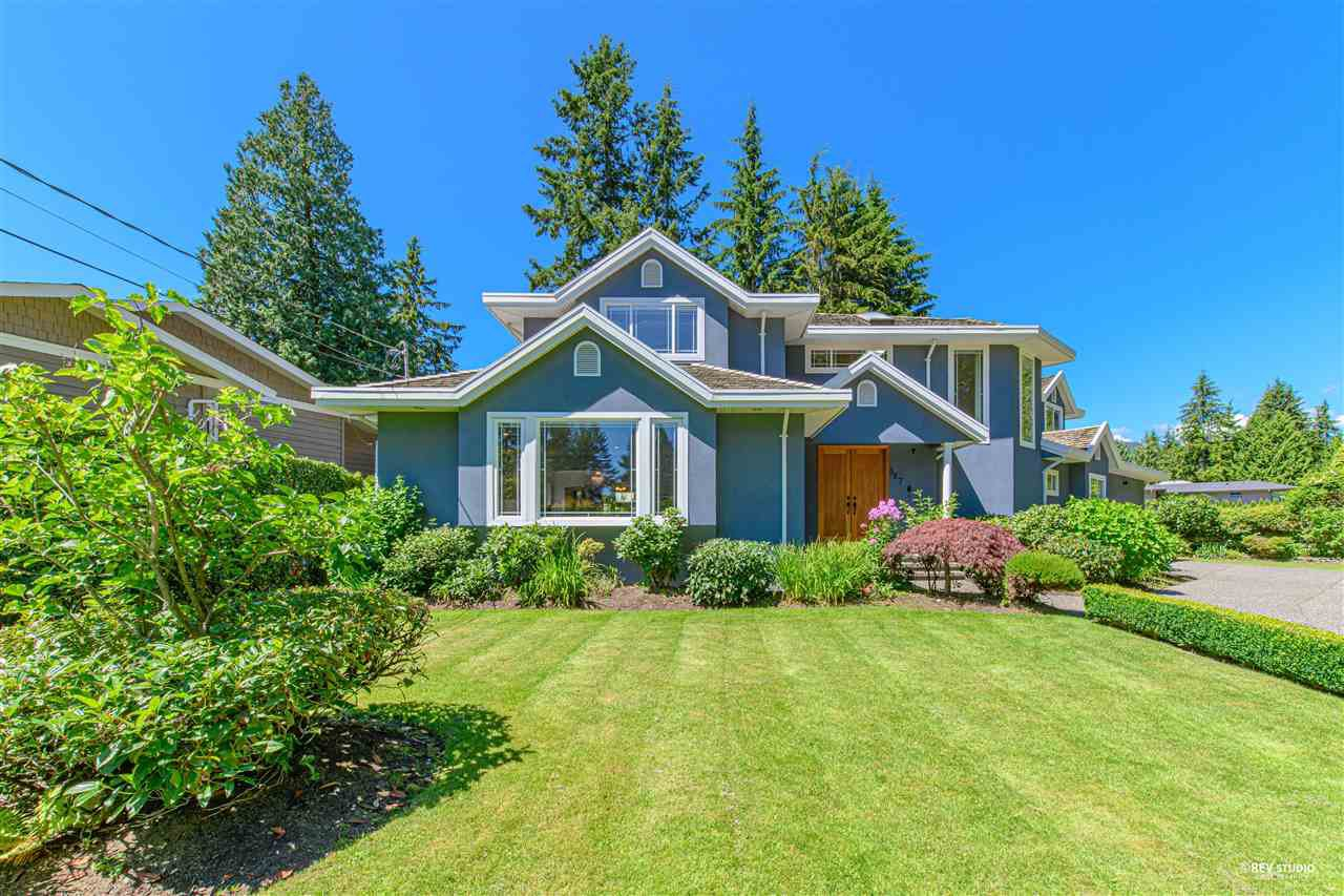 Main Photo: 367 MOYNE DRIVE in West Vancouver: British Properties House for sale : MLS®# R2479567