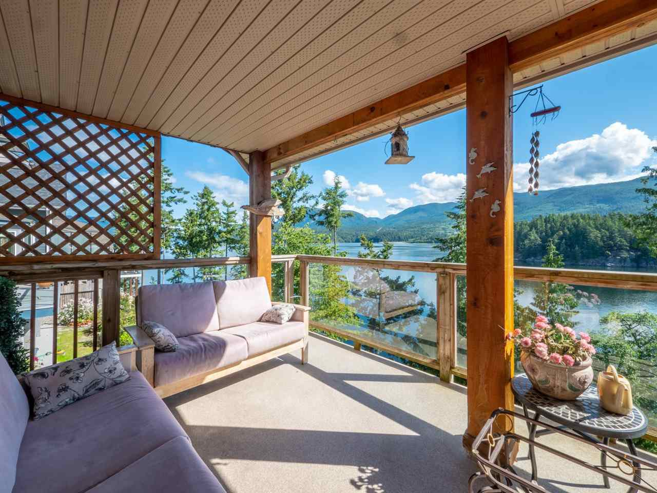 "Photo 13: Photos: 6148 POISE ISLAND Drive in Sechelt: Sechelt District House for sale in ""POISE ISLAND"" (Sunshine Coast)  : MLS®# R2426642"