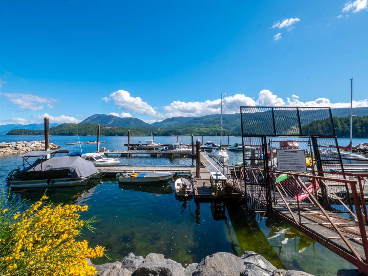 """Photo 15: Photos: 6148 POISE ISLAND Drive in Sechelt: Sechelt District House for sale in """"POISE ISLAND"""" (Sunshine Coast)  : MLS®# R2426642"""