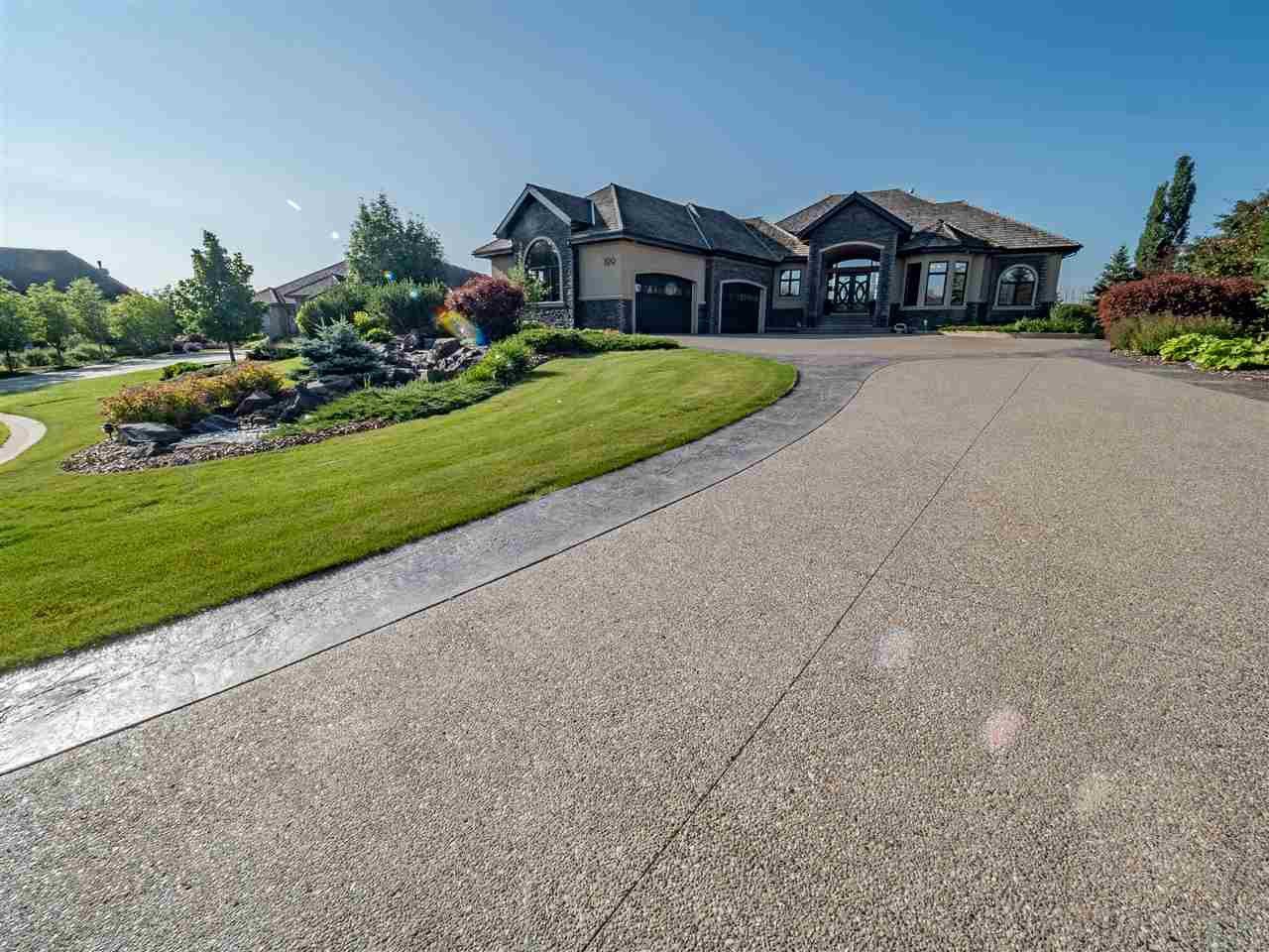 Main Photo: 199 Riverside Close: Rural Sturgeon County House for sale : MLS®# E4183431