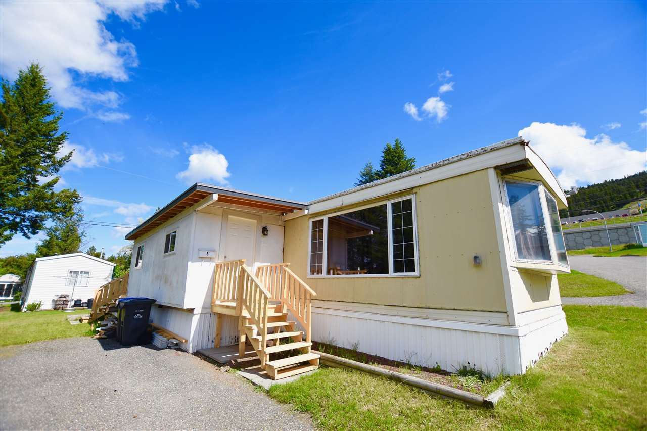 "Main Photo: 5 770 N 11TH Avenue in Williams Lake: Williams Lake - City Manufactured Home for sale in ""FRAN-LEE TRAILER PARK"" (Williams Lake (Zone 27))  : MLS®# R2465544"