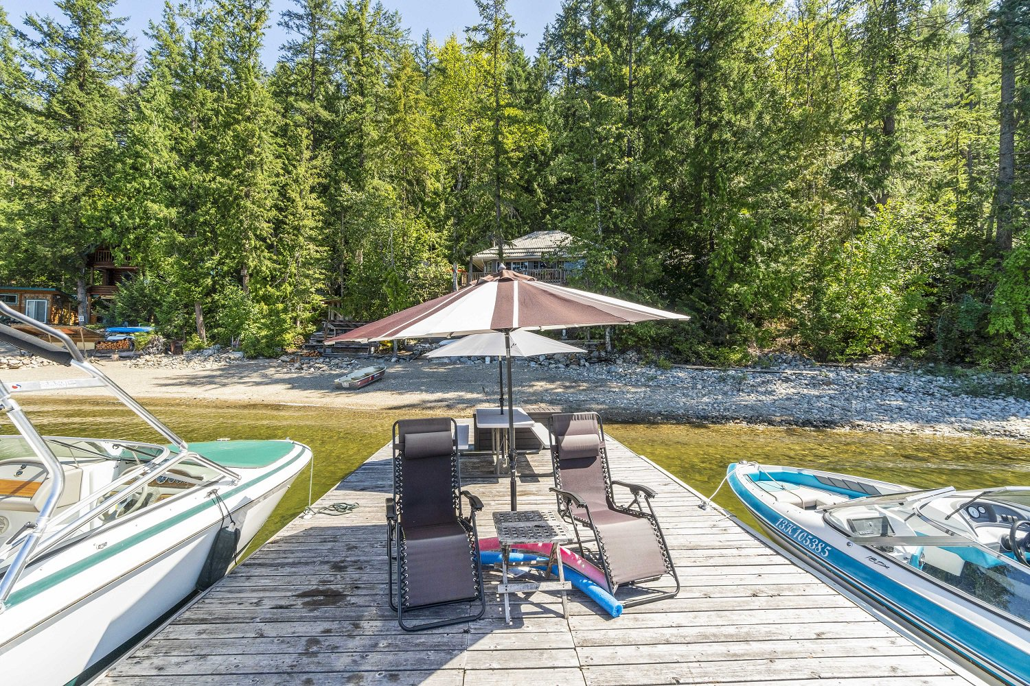 Main Photo:  in Sicamous: Shuswap Lake House for sale : MLS®# 10212975