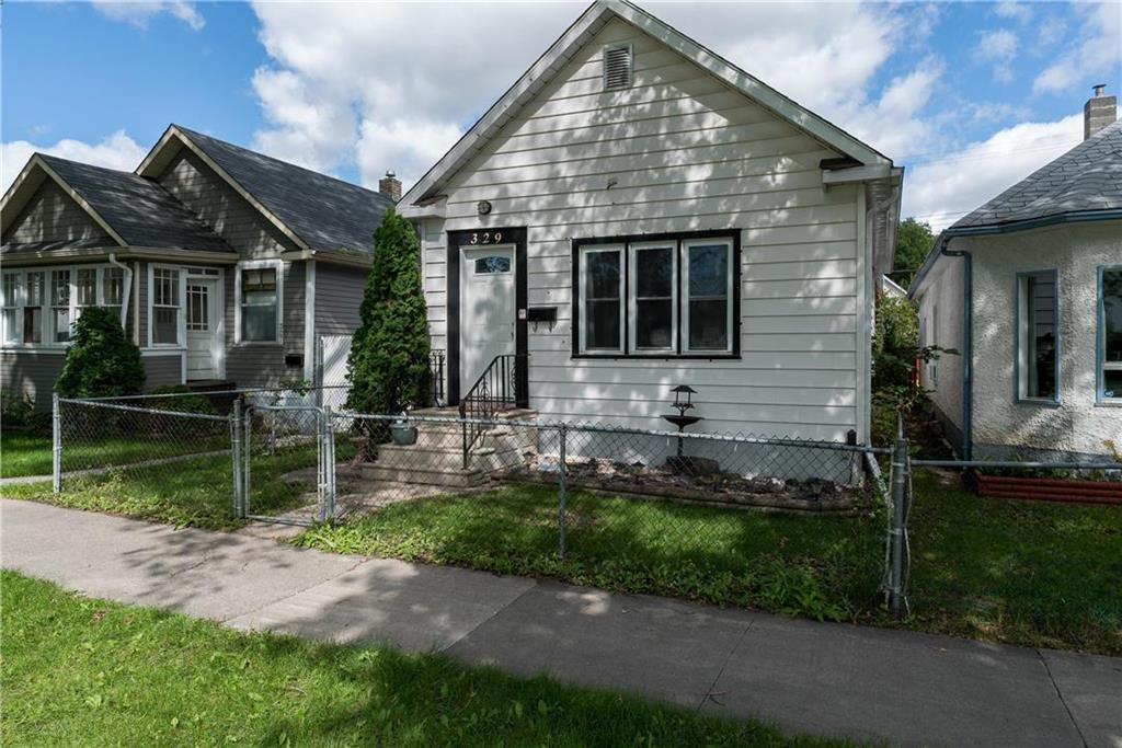 Main Photo: 329 Victoria Avenue East in Winnipeg: East Transcona Residential for sale (3M)  : MLS®# 202022664