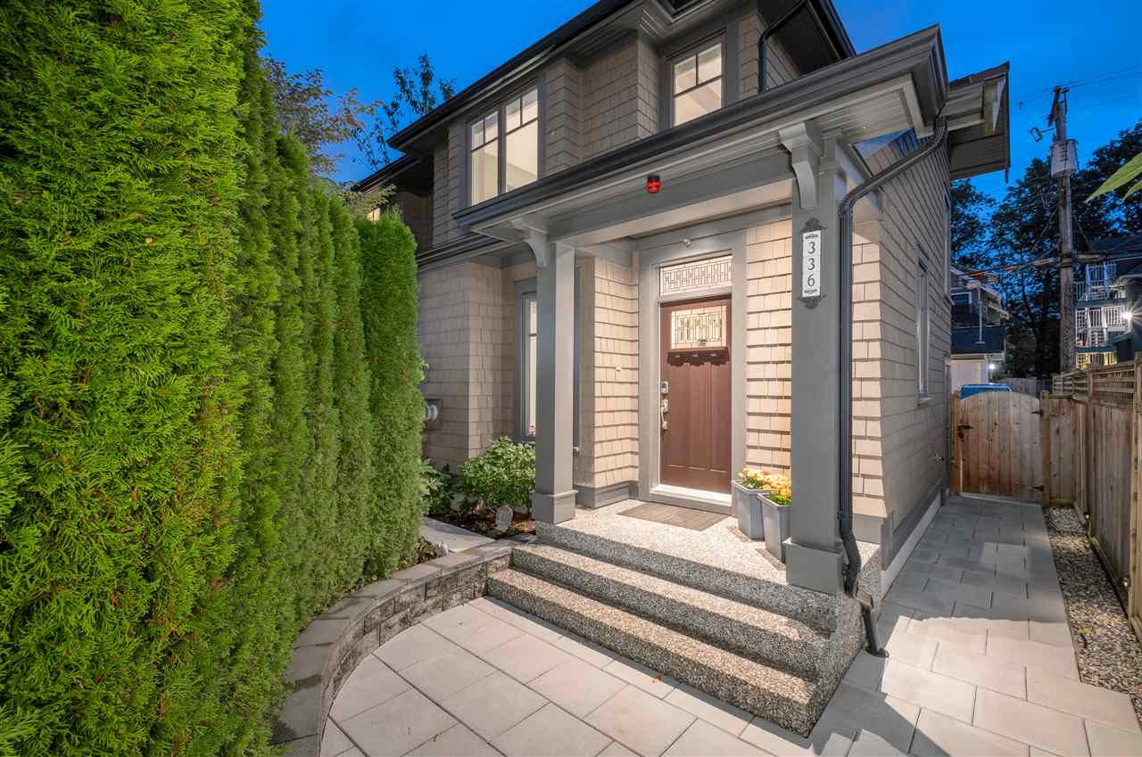 Main Photo: 336 W 14TH AVENUE in Vancouver: Mount Pleasant VW Townhouse for sale (Vancouver West)  : MLS®# R2502687