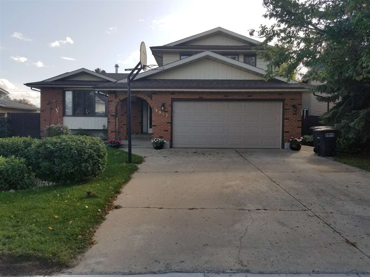 Main Photo: 4915 52 Avenue: Redwater House for sale : MLS®# E4174503