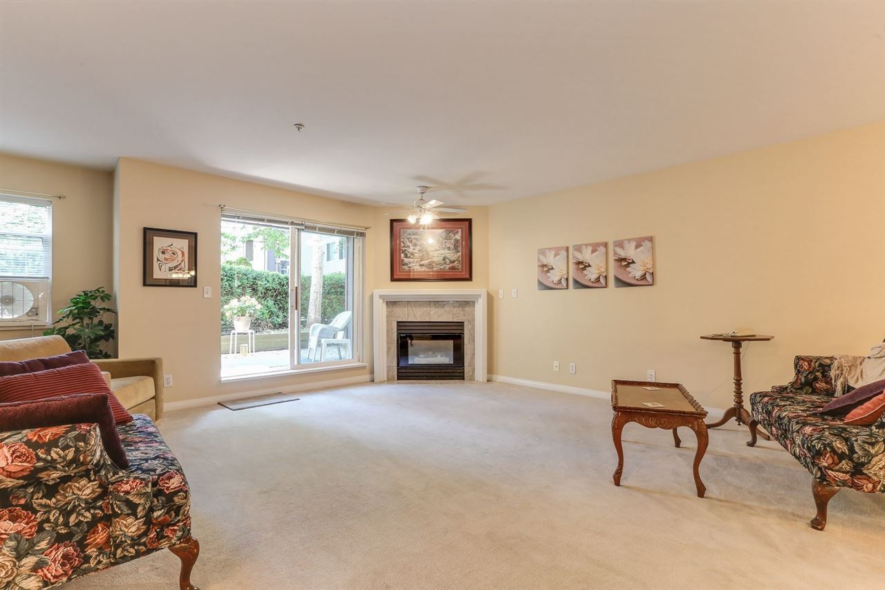 Photo 4: Photos: 107 4768 53 STREET in Delta: Delta Manor Condo for sale (Ladner)  : MLS®# R2397394