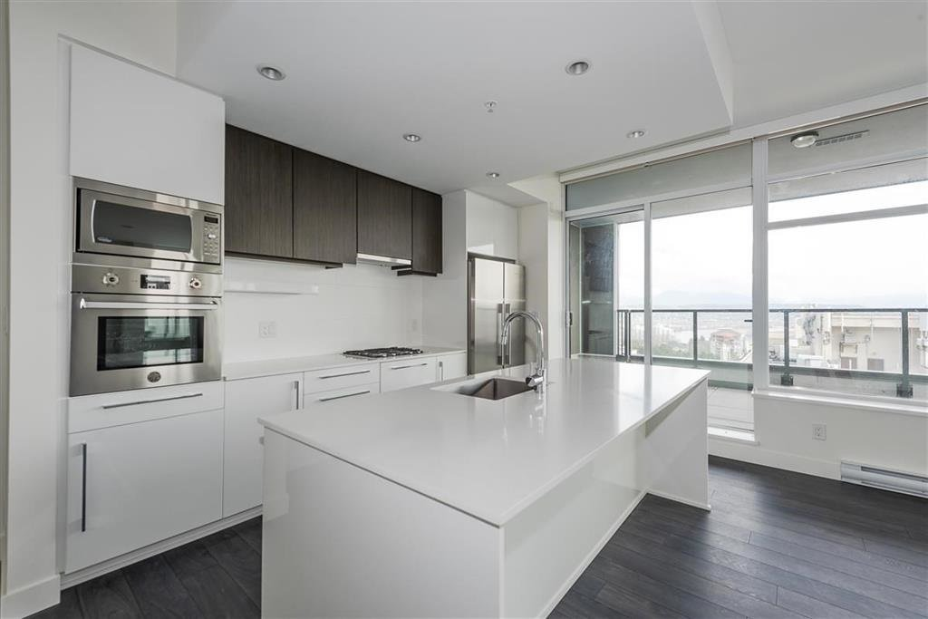 "Main Photo: 1801 188 AGNES Street in New Westminster: Downtown NW Condo for sale in ""AGNES & ELLIOT"" : MLS®# R2427736"