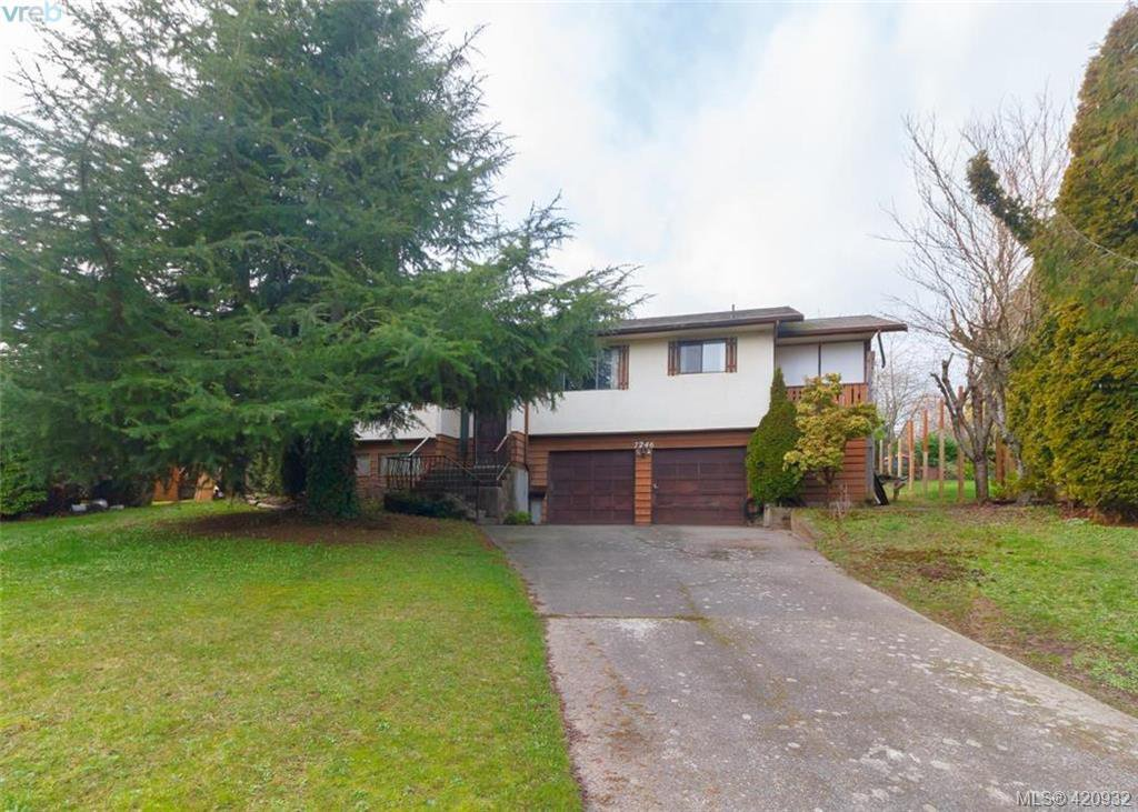 Main Photo: 7246 Walcer Place in SAANICHTON: CS Saanichton Single Family Detached for sale (Central Saanich)  : MLS®# 420932