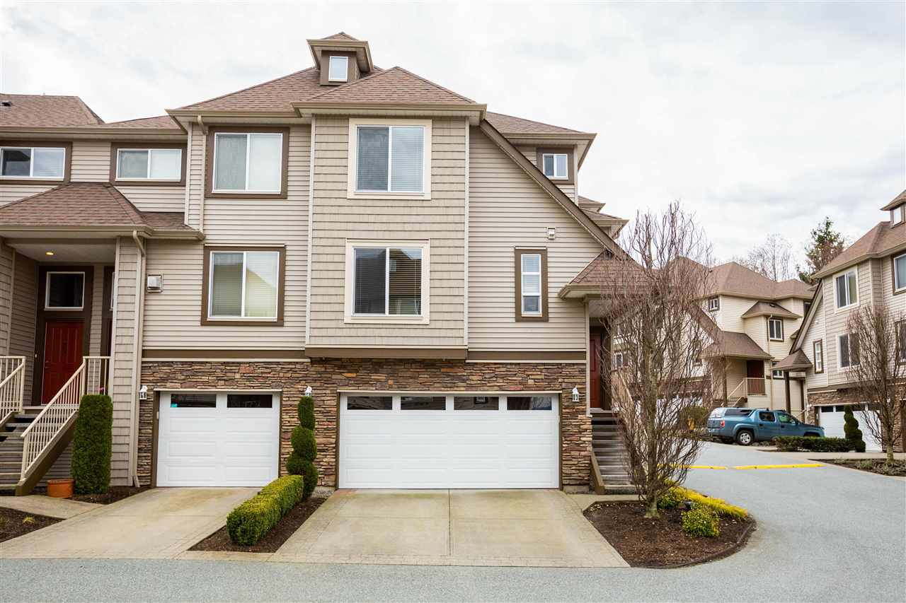 """Main Photo: 27 46778 HUDSON Road in Chilliwack: Promontory Townhouse for sale in """"Cobblestone Terrace"""" (Sardis)  : MLS®# R2442691"""