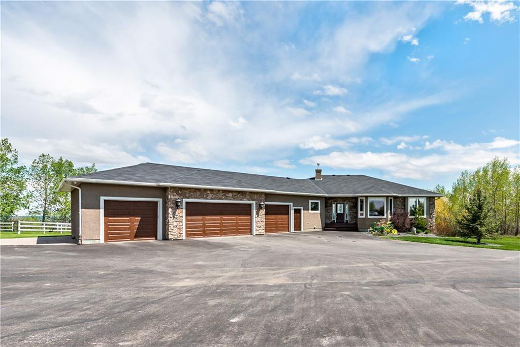 Main Photo: DeWinton 274116 64 Street E: Rural Foothills County Detached for sale : MLS®# C4299445