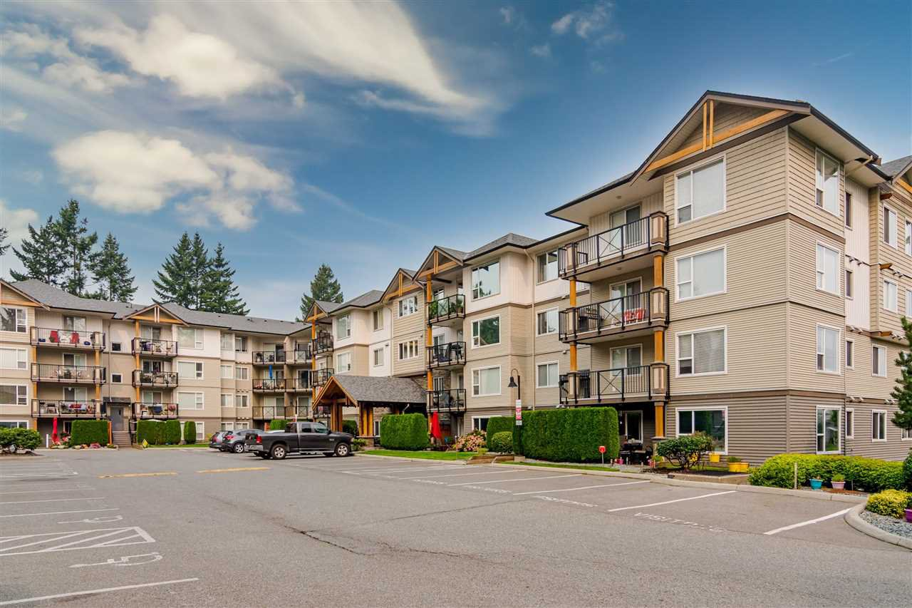 """Photo 2: Photos: 312 2990 BOULDER Street in Abbotsford: Abbotsford West Condo for sale in """"Westwood"""" : MLS®# R2499074"""