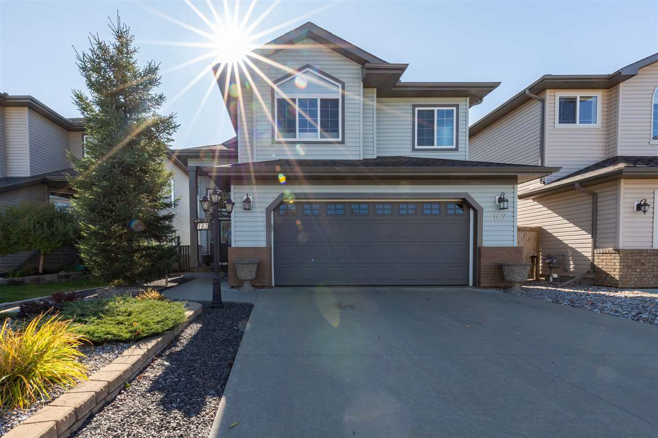 Main Photo: 162 FOXHAVEN Way: Sherwood Park House for sale : MLS®# E4175939