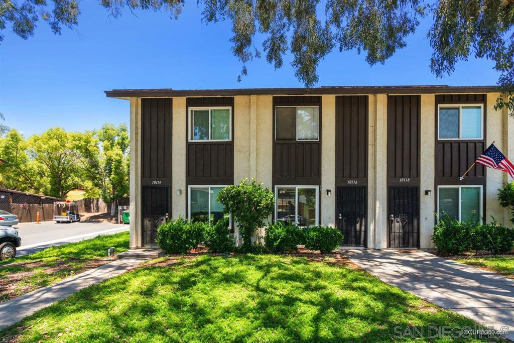Main Photo: SANTEE Condo for sale : 2 bedrooms : 10116 Carefree Dr