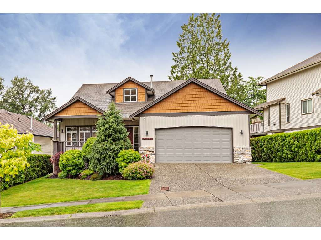"Main Photo: 35697 LEDGEVIEW Drive in Abbotsford: Abbotsford East House for sale in ""Ledgeview Estates"" : MLS®# R2465169"