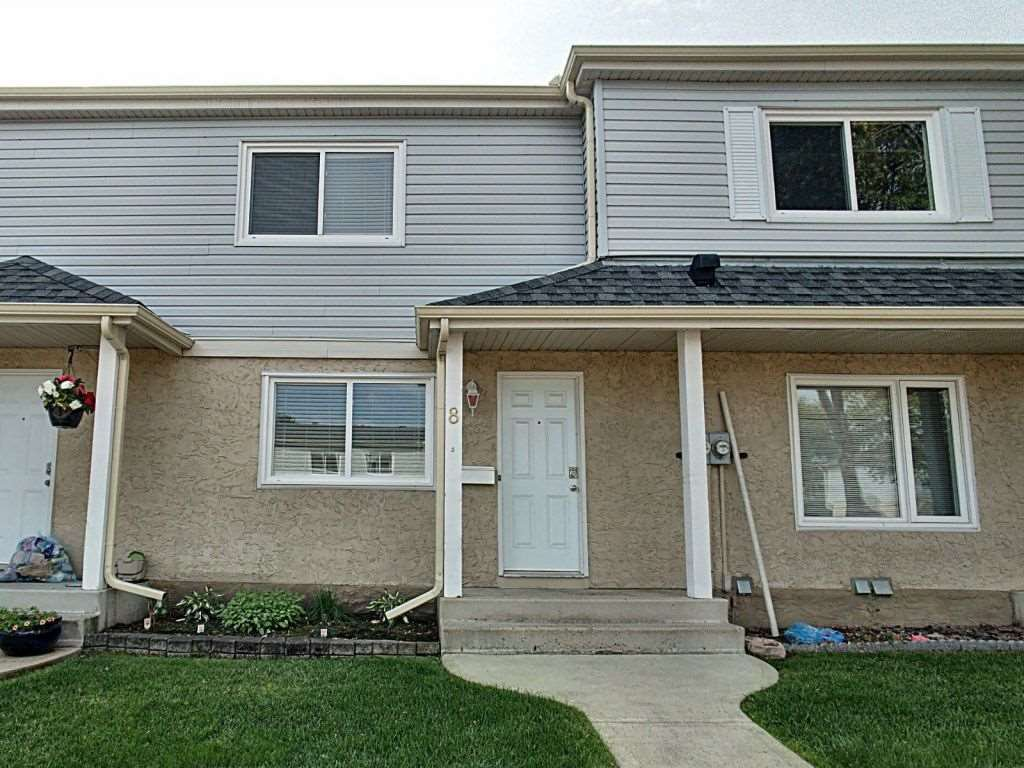 Main Photo: 8 2030 Brentwood Boulevard: Sherwood Park Townhouse for sale : MLS®# E4210371