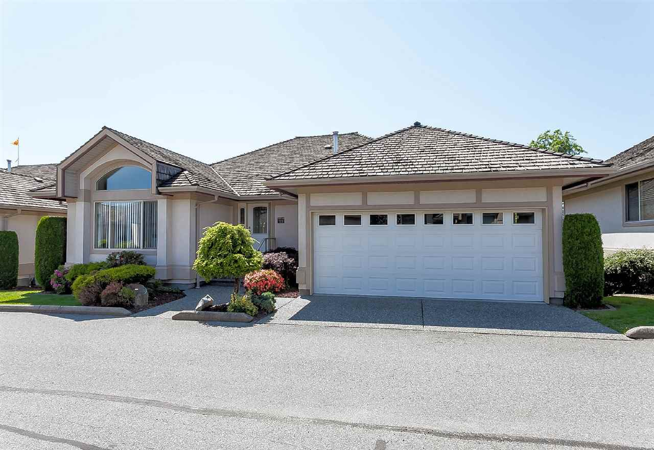 "Main Photo: 11 30703 BLUERIDGE Drive in Abbotsford: Abbotsford West Townhouse for sale in ""Westsyde Park Estates"" : MLS®# R2418134"