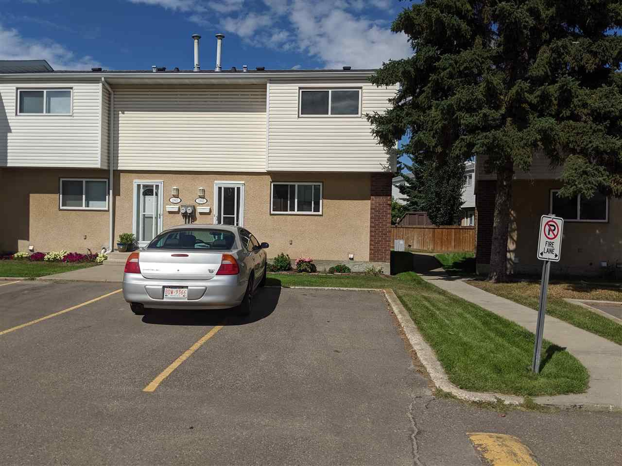 Main Photo: 1943 73 Street in Edmonton: Zone 29 Townhouse for sale : MLS®# E4191902