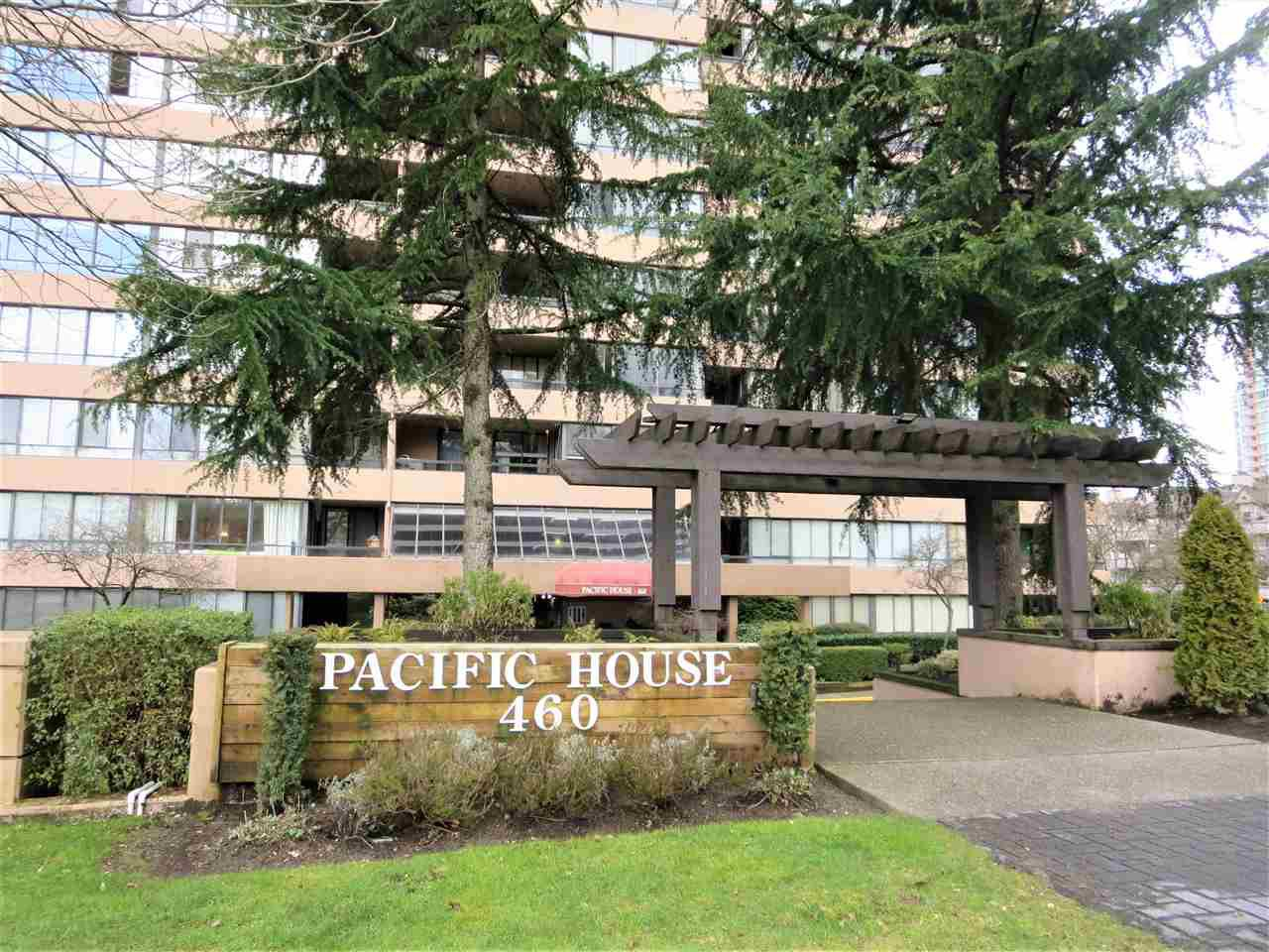 "Main Photo: 1009 460 WESTVIEW Street in Coquitlam: Coquitlam West Condo for sale in ""PACIFIC HOUSE"" : MLS®# R2450767"