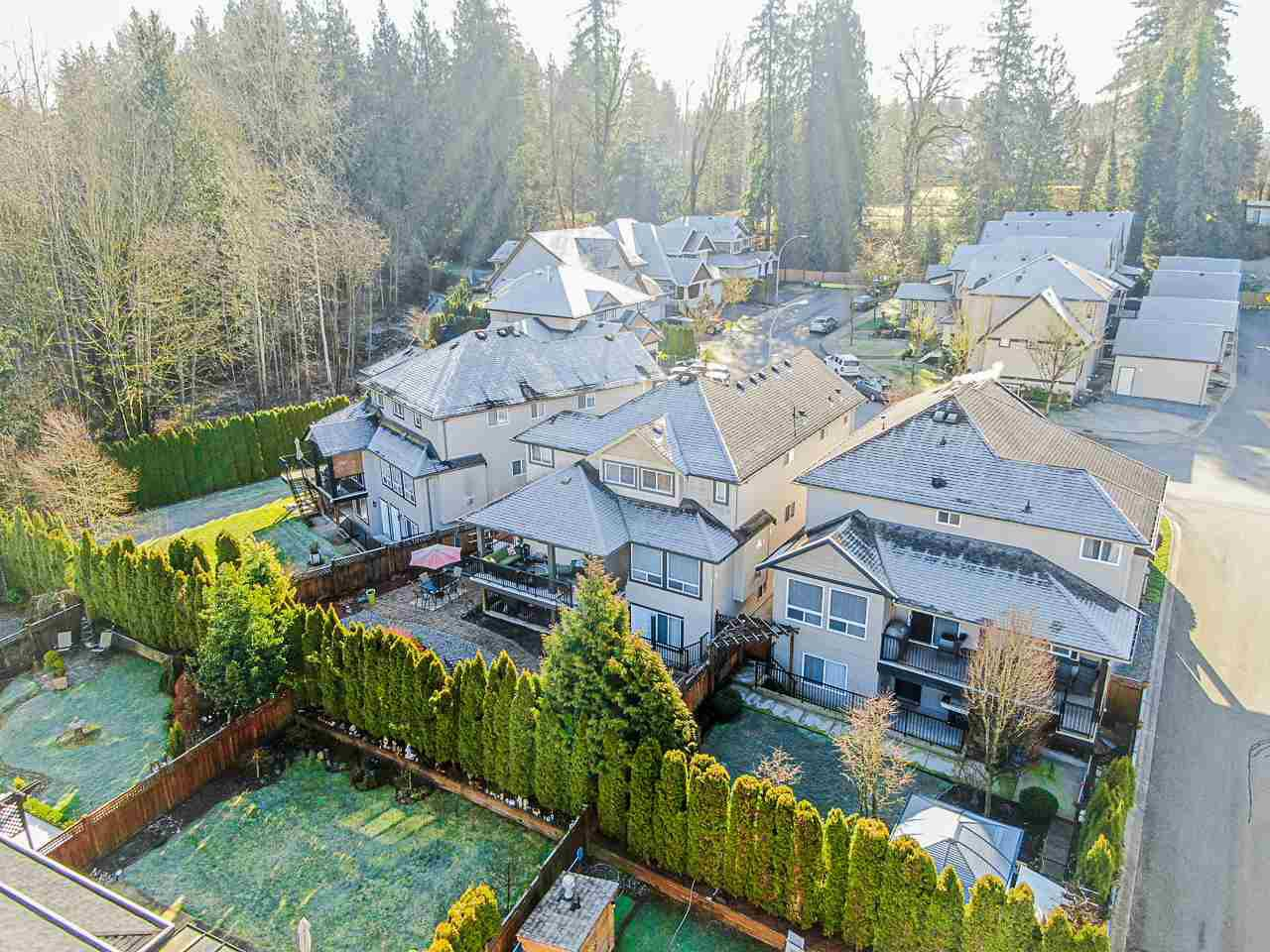 Main Photo: 21631 92 Avenue in Langley: Walnut Grove House for sale : MLS®# R2477335